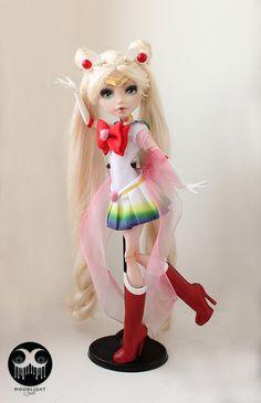 Sailor Moon OOAK Monster High Draculaura par MoonDollJewel sur Etsy