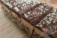 Karamelové řezy BLESKOVKA | NejRecept.cz Sweet Desserts, Food And Drink, Drinks, Cakes, Caramel, Drinking, Beverages, Cake Makers, Kuchen