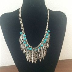 ❗️SALE❗️Chic statement necklace Stylish statement necklace Jewelry Necklaces