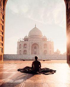 Seven wonders of the world! Taj Mahal, India.