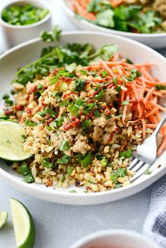 Put dinner on the table in under an hour with this quick Thai Chicken Cauliflower Rice Bowl! Toasted cauliflower rice is topped with saucy chicken, chopped peanuts and carrots. Also great for meal prep! Serves 4 in about 30 minutes. Coconut Cauliflower Rice, Chicken Cauliflower, Thai Chicken, Cauliflower Recipes, Rice Recipes, Asian Recipes, Healthy Recipes, Thai Recipes, Low Sodium Chicken Broth