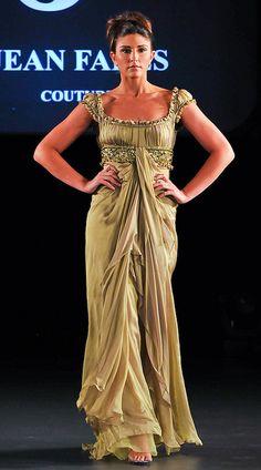 Couture Fashion, Boho Fashion, Fashion Outfits, Designer Evening Dresses, Evening Gowns, Pretty Outfits, Stylish Outfits, Pretty Dresses, Beautiful Gowns