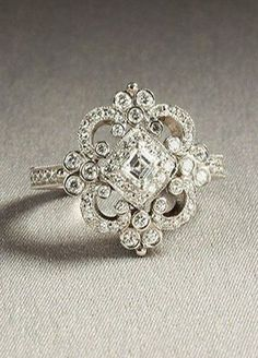 charming vintage heirloom wedding engagement ring