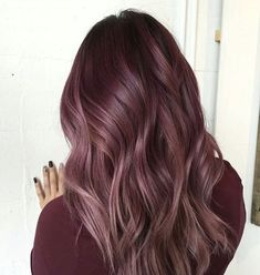 We've collected 47 gorgeous burgundy hair color ideas and styles that would look great with this sexy, rock-star hue. Go a bit outside your comfort zone and make an appointment with your stylist today to rock your new maroon or burgundy hair color! Maroon Hair Colors, Hot Hair Colors, Ombre Hair Color, Maroon Color, Balayage Color, Balayage Hair, Burgundy Color, Popular Hair Colors, Hair Colors For Fall