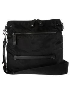 c77fca178080 VALENTINO CAMO PRINT SHOULDER BAG. #valentino #bags #shoulder bags #