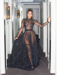 La La Anthony's Met Gala Outfit Show's Carmelo What He's Missing Gala Dresses, Sexy Dresses, Beautiful Dresses, Nice Dresses, Beautiful Gorgeous, Outfit Vestidos, Look Fashion, Fashion Outfits, Prom Girl