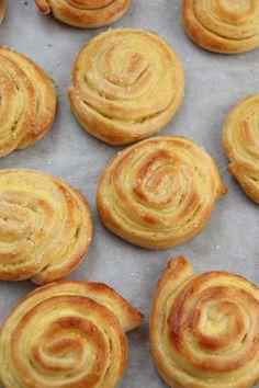 Vaniljesnurrer - My Little Kitchen Little Kitchen, Vanilla, Pie, Baking, Desserts, Buns, Food, Torte, Tailgate Desserts