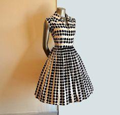 Vintage 50s Dress Polka Dots Op Art Novelty Print Full Skirt Shirt Dress