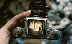i love the old view-finders on vintage cameras..I have a gorgeous mamiya myself :)
