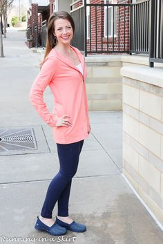 Cute casual fashion for early spring! Great affordable tunic length hoodie and leggings.  Classy everyday fashion ideas for women from Running in a Skirt. / AffordableQuality ChadwicksofBoston AD @chadwicksboston Casual Teen Fashion, Over 50 Womens Fashion, Fashion Over 50, Cute Fashion, Fashion Ideas, Boho Summer Outfits, Casual Outfits, Cute Outfits With Leggings, Early Spring
