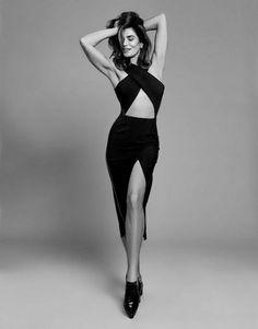 48 Ideas Fashion Portfolio Photography Photo Shoot For 2019 Fashion Models, Fashion Model Poses, Fashion Shoot, Editorial Fashion, Vogue Editorial, Vogue Fashion, Female Fashion, Woman Fashion, Vogue Models