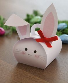 Cute box, used with Stampin Up die. Easter
