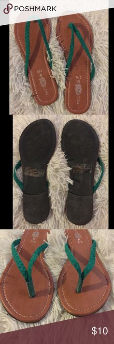 ❗️Rue 21 etc❗️Green Braided Flip Flops Only wore 1x-no scuffs or scratches...size: Medium 7/8 Rue 21 Shoes Sandals