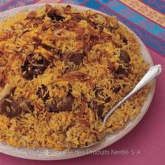 Recipe - Omani Lamb Biryani - Heat 2 tablespoons of ghee in a large pot (reserve… Halal Recipes, Indian Food Recipes, Cooking Recipes, Ethnic Recipes, Rice Recipes, Lamb Dishes, Rice Dishes, Tasty Dishes, Lamb Biryani Recipes