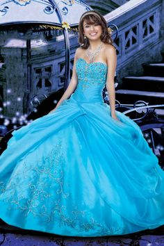 Buy Vintage Sweetheart Ball Gown Floor Length Quinceanera Dresses Beaded On line