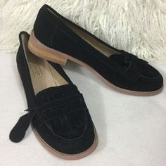 "TopShop BRAND NEW Black suede loafers TopShop BRAND NEW Black suede loafers with tassel style front toe detail.  Excellent condition never worn. Shoe is marked Size 38 seems to fit true to size.   Topshop Tag still attached but price tag was taken off soles. Real leather and heels are 1"" tall Topshop Shoes Flats & Loafers"