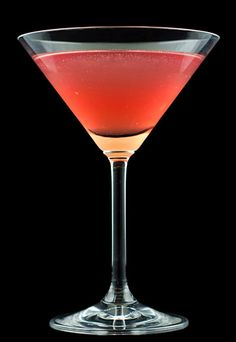 A recipe for Bonefish Grill's Raspberry Martini made with raspberry flavored vodka, raspberry schnapps, Sprite or sour mix Absolut Vodka, Vodka Martini, Vodka Cocktails, Martinis, Pink Martini, Pudding Shots, Vodka Recipes, Cocktail Recipes, Recipes