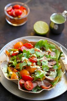 IMG_1071 Tex Mex, Caprese Salad, Pizza, Dinner, Ethnic Recipes, Taco Food, Avocado Guacamole, Steak, Lasagna
