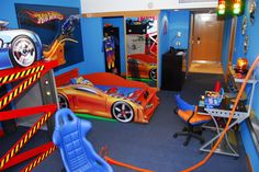 HotWheels Room, Oh my son would love this for his room.