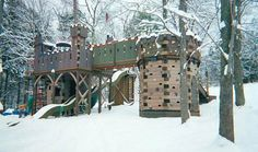 13 Extreme Kids' Playhouses