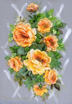 """Ricamo  """"Ricchezza di rose"""", silk ribbon embroidery, quadro ricamato., by Silkribbonembroidery, 120,00 € su misshobby.com"""