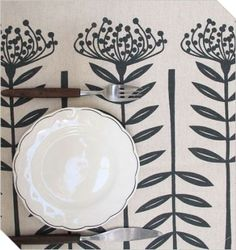 This charcoal linen table runner is screenprinted with a tall pincushion design, which started out as a papercut of a pincushion protea - a flower. South African Design, Queen Annes Lace, Beautiful Interiors, Table Runners, Screen Printing, Decorative Plates, Diy Ideas, Decor Ideas, Artsy