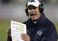 Nevada coach Chris Ault will retire (AP Photo/Cathleen Allison, File)