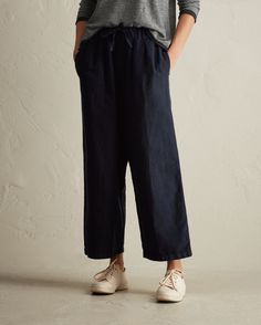 Supple, weighty, Italian-woven, garment-dyed cotton/linen twill. Drawstring ties and pleats at front. Elasticated waistband. Easy wide leg and low crotch. Ankle skimming. Pockets.