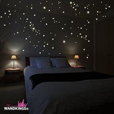 """Adesivi da parete Wandkings """"250 punti luminosi per cielo stellato"""" fluorescenti e brillanti al buio"""