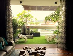 Singapore Landscape Design, a leading landscaper with distinct skills, provides creative vertical garden and balcony plants landscaping in Singapore. With vast experience and deep insight… Apartment Balcony Garden, Apartment Balcony Decorating, Apartment Balconies, Balcony House, Apartment Plants, Modern Landscape Design, Garden Landscape Design, Modern Landscaping, Garden Landscaping