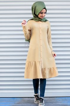 Modern Hijab Fashion, Muslim Women Fashion, Modesty Fashion, Fashion Outfits, Modest Dresses, Casual Dresses, Hijab Style, Outfit Look, Casual Hijab Outfit