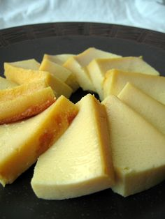 Authentic easy Burmese recipes: Flan ***to try *** Burmese Desserts, Burmese Recipes, Burmese Food, Asian Desserts, Jello Recipes, Dessert Recipes, Soft Foods, Cheesecake, Sweet Pastries