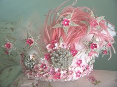This might be the perfect Tiara for my Pink moods.or when my Emerald Tiara is being cleaned. Pretty In Pink, Pink Love, Crown Party, Pink Crown, Floral Crown, Fairy Crown, Lace Crowns, Mad Hatter Tea, Madd Hatter