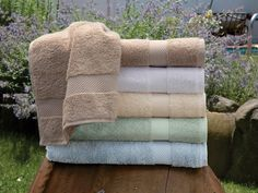 Bamboo Towels - One touch will tell you that these are towels to luxuriate in. An extraordinary blend of 40% bamboo fiber and 60% Turkish cotton, 600 grams per square meter, they have an intense softness akin to cashmere. Besides the fabulous feel, bamboo adds amazing absorbency, is quick drying and inherently anti-bacterial. #towels. #BathLinen #SchweitzerLinen #luxury