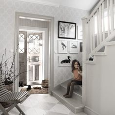 Welcome to Sandberg Wallpaper. We are a Swedish design company that specialises in wallpapers and home accessories. Hallway Wallpaper, Grey Wallpaper, Wallpaper Size, Home Wallpaper, Pattern Wallpaper, Beautiful Wallpaper, Swedish Design, Scandinavian Design, Hallway Paint