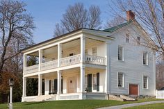 """""""HOTEL SCHOHARIE"""" A period portrait of this building now at Colonial Williamsburg alerted the owners that it once had a two-storey porch; evidence of the rafters provided corroboration. They rebuilt it. (Photo credit: Steve Gross & Susan Daley)"""