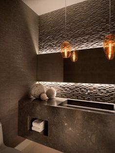 Ownby Design's Design | Modern Bathroom | fabuloushomeblog.comfabuloushomeblog.com