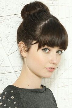 18 Quick and Simple Updo Hairstyles for Medium Hair, Frisuren, After years of long, straight hairstyles worn around the shoulders, it's marvellous to see the amazing variety of mould-breakingnew styles that are . Up Dos For Medium Hair, Long Hair With Bangs, Medium Hair Cuts, Medium Hair Styles, Short Hair Styles, Straight Bangs, Thick Bangs, Bangs Medium Hair, Long Hair Styles Straight