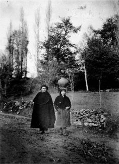 Vilaleo, Láncara. Mozo e moza coa vestimenta de diario. Arquivo Ebeling nº 562.