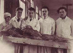 Vintage: morticians, morticians in training, and a 'pathologist', hard at work.  #Creepy