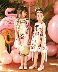 Beautiful Little Girls, Beautiful Children, Baby Girl Blue Eyes, Cute Baby Girl Pictures, Pink Balloons, Girl Model, Cute Babies, Kids Fashion, Portrait