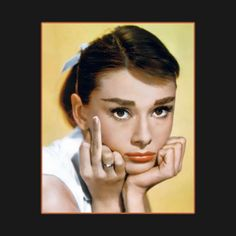 Audrey Hepburn inspired phone case, pillow and notebooks, for all adoring Hepburn fans! Add a touch of class to your everyday life with one of these items. Audrey Hepburn Poster, Audrey Hepburn Inspired, Was Ist Pinterest, Converse, Stress, Thing 1, Funny Tees, Let It Be, Women
