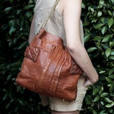Jamah | The Brittany bag | Textured details |  #luxury #style #purse #brown #leather #fashion