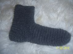 Nalbinding socks. Icelandic wool. Jane Sinclair.
