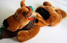 "Warner Bros Scooby Doo Christmas Dog 30"" Plush 2000 Stuffed Animal Scarf Hat #WarnerBrosStudioStore #Christmas"