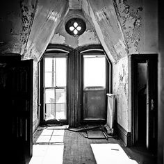12 This became the norm at the hospital until the That was when massive budget cuts began to impact the facility. This lead to the first building closing on the Danvers campus in 1969 Abandoned Churches, Abandoned Asylums, Abandoned Places, Mental Asylum, Insane Asylum, Most Haunted, Haunted Places, Haunted Asylums, States In Usa