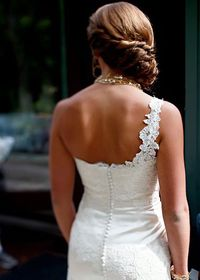 Wedding dress one shoulder