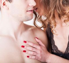 sexo casal beijo orelha 3