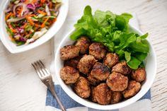 Lihapyörykät Food And Drink, Chicken, Meat, Ethnic Recipes, Koti, Tips, Advice, Hacks, Counseling