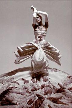 John Galliano for Christian Dior Fall Winter 2004 Haute Couture                                                                                                                                                     More